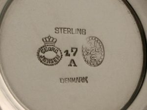 Kleine_Fußschale_footed_bowl_#17A_Georg_Jensen_Johan_Rohde_Sterling_Silber_silver_Kopenhagen_Copenhagen_1925-32_4