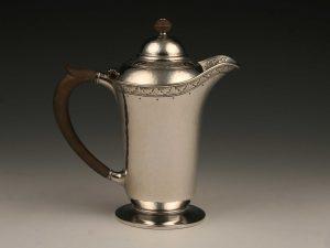 Kaffee_Tee-Service_teaset_teaservice_Sterling_Silber_sterling_silver_argent_ezüst_plata_sølv_arts_&_crafts_Jugendstil_Art_Deco_Birmingham_1912_1913_Liberty_&_Co_6