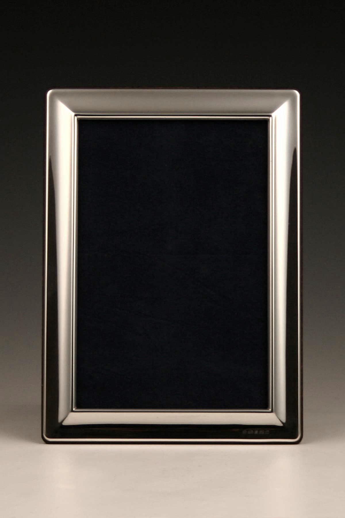 Moderner_Fotorahmen_Bilderrahmen_Sterling_Silber_foto_frame_sterling_silver_plata_argent_ezüst_Sheffield_2011_T