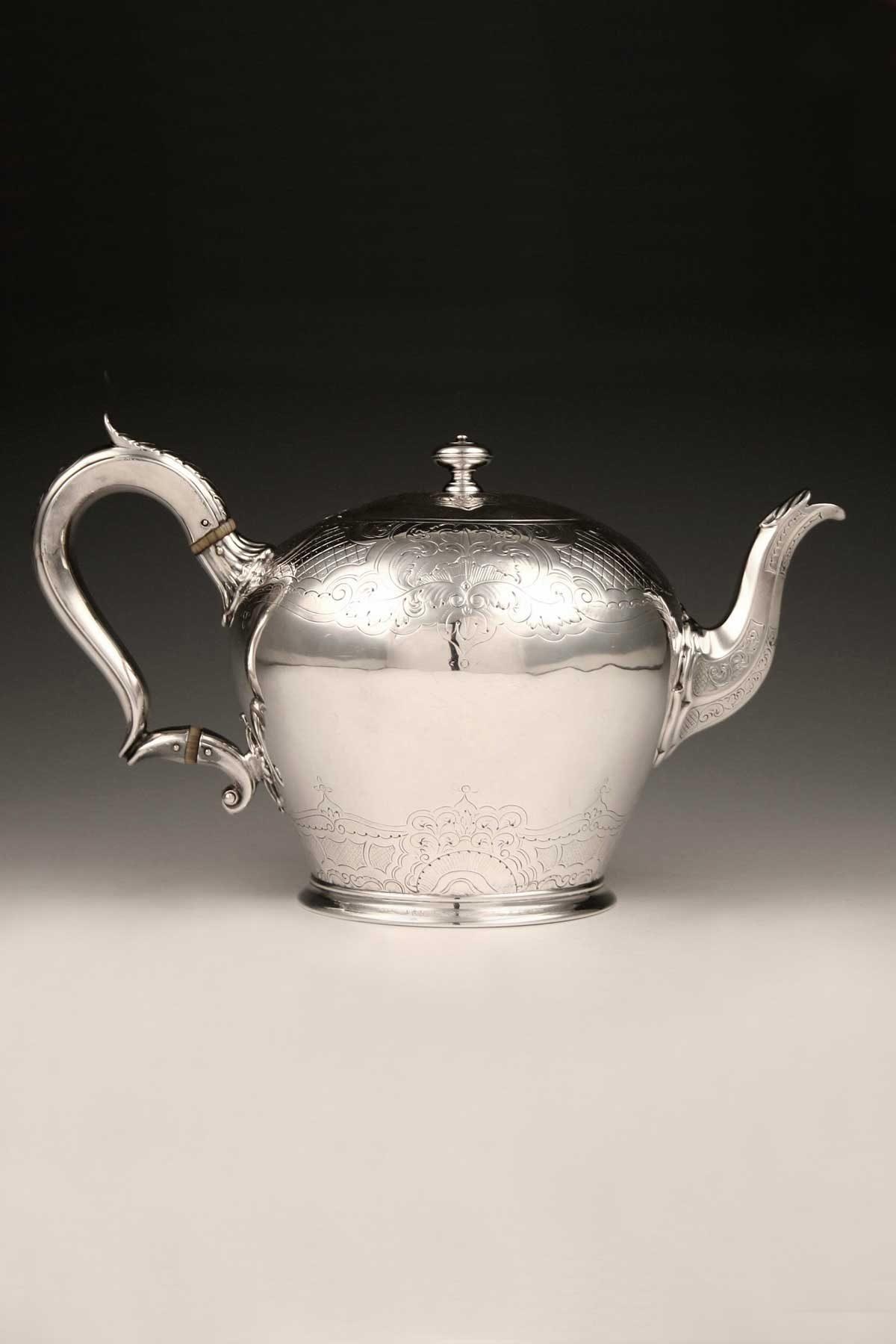 William_IV_Teekanne_Sterling_Silber_Teapot_sterling_silver_ezüst_argent_plata_sølv_T